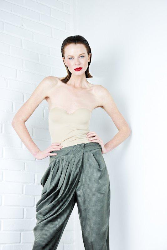 fot.: Marta Wojtal, modelka: Marzena Pokrzywińska, makijaż/fryzury: Robert Bielski